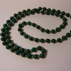 "Jewelry - Vintage Green Bead Necklace 30"" Long"